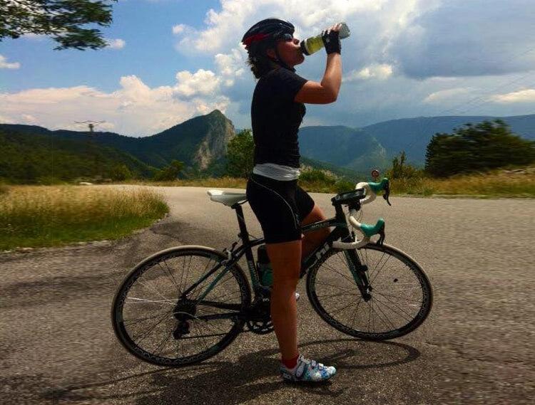 vrouwen-wielrennen_isotone_sportdrank