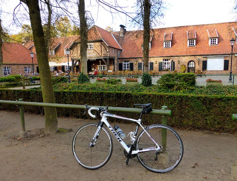 Restaurant De Beiaard - Postel: Fietsroute De Kempen