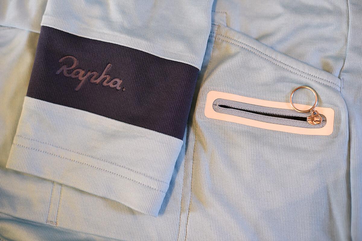 Detail Rapha Classic ladies shirt