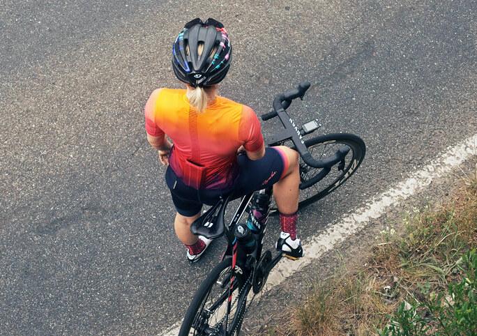 Kleurrijke fiets wielerbroek Rapha